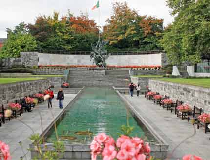 Dublin Garden of Remembrance photo by Sir James