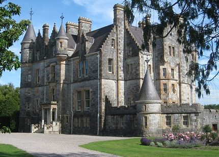 Blarney House. Photo copyright The mobot